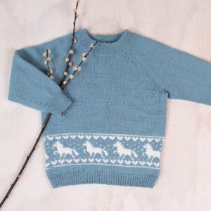 Bluum strikk - Hestegenseren i Pure Eco Baby Wool