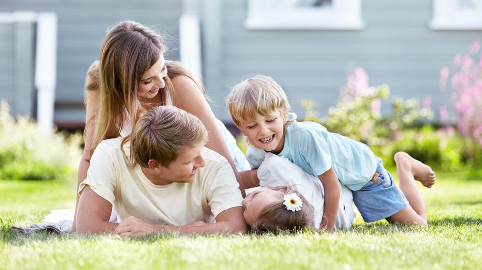 På mange måter er det bedre å være foreldre nå enn da våre foreldre og besteforeldre hadde små barn. Illustrasjonsfoto: Shutterstock