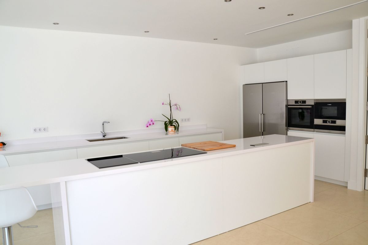Kitchen in White