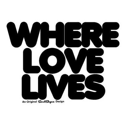 Love Lives>