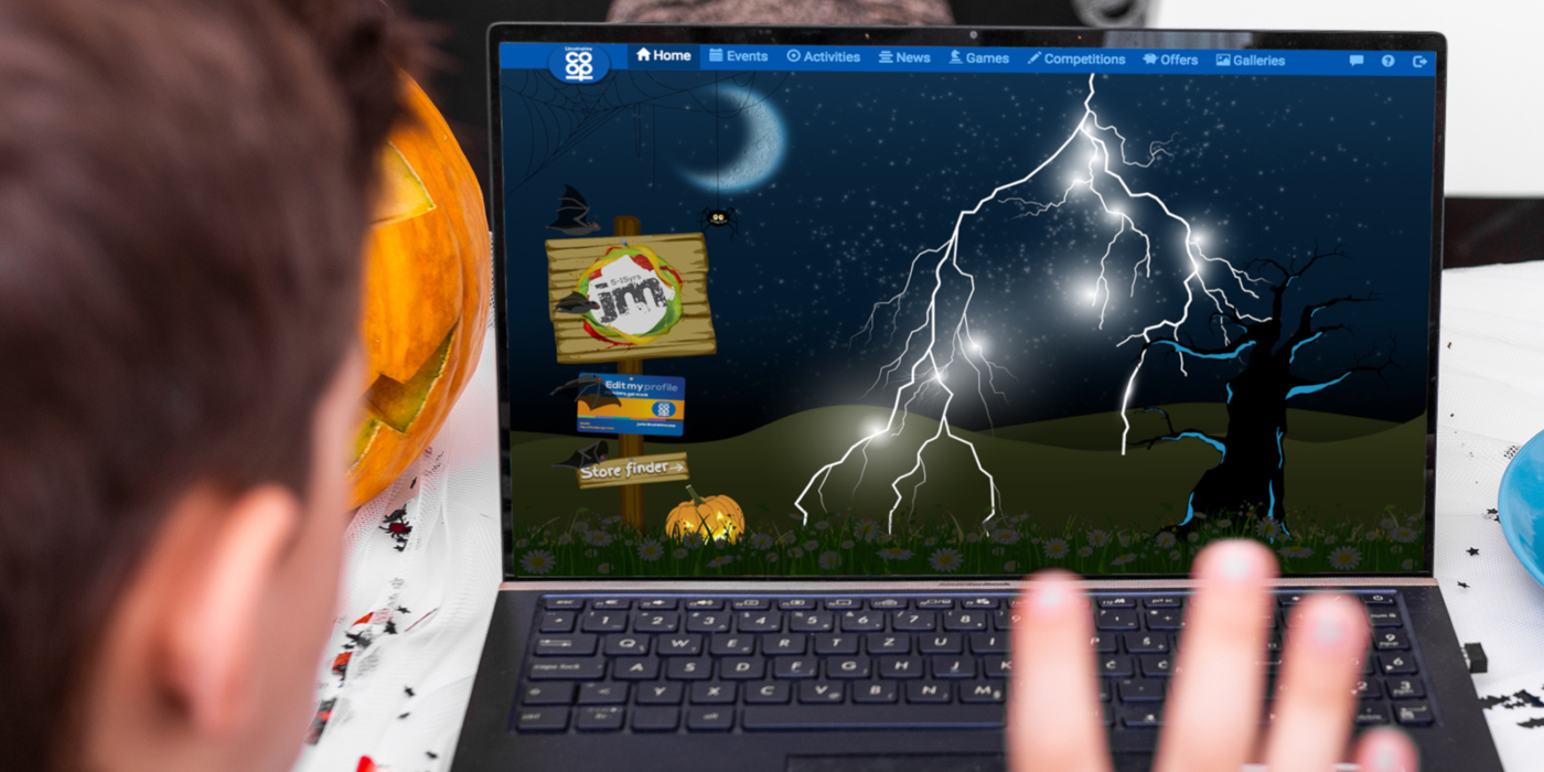 Halloween laptop banner