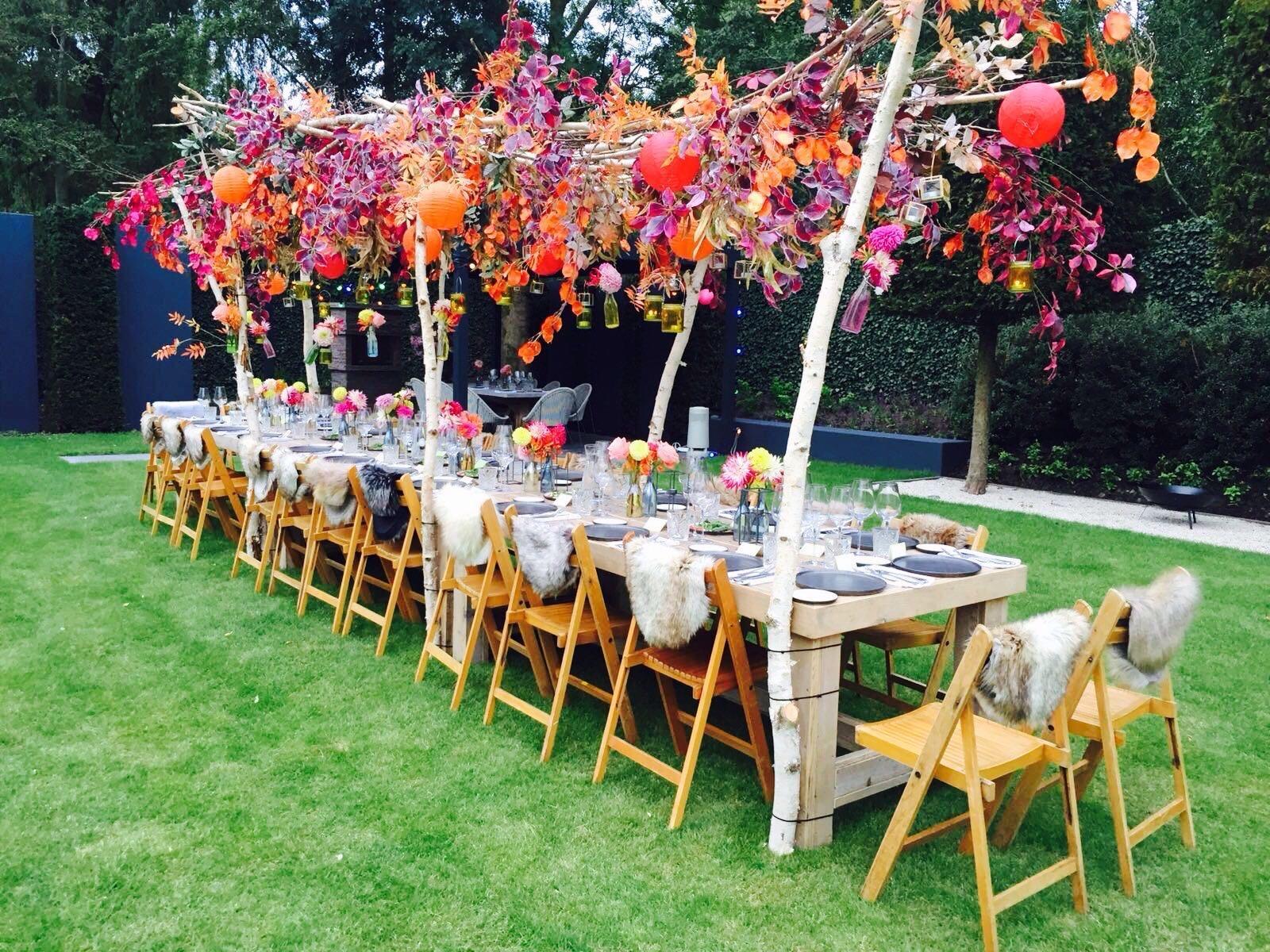 Nieuw Zuijd tafel in tuin