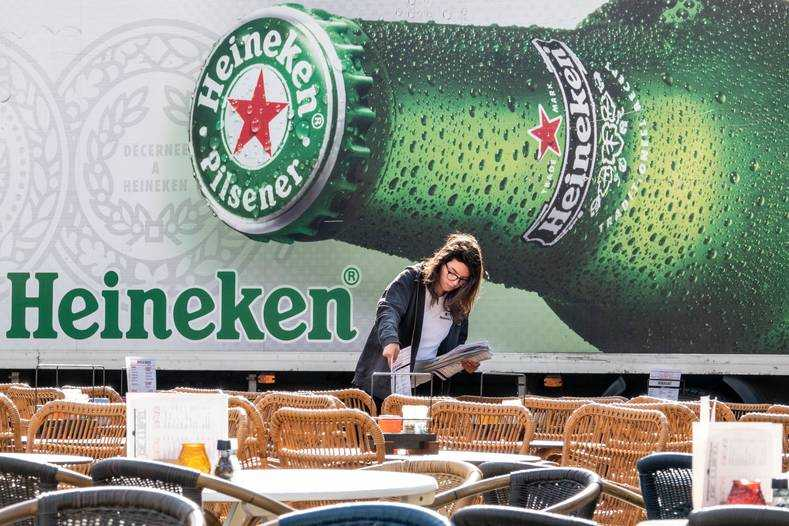 Heineken terras horeca corona