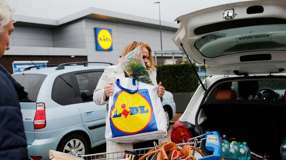 Lidl Overzicht openingstijden supermarkten oudjaarsdag 31 december nieuwjaarsdag 1 jan oudennieuw