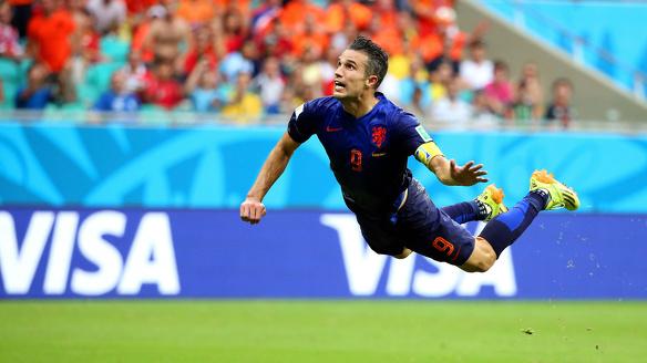 Robin van Persie vermogen salaris zakendeals Feyenoord Fenerbahce Rotterdam Oranje 2