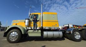 Vrachtwagen Toma Tdur