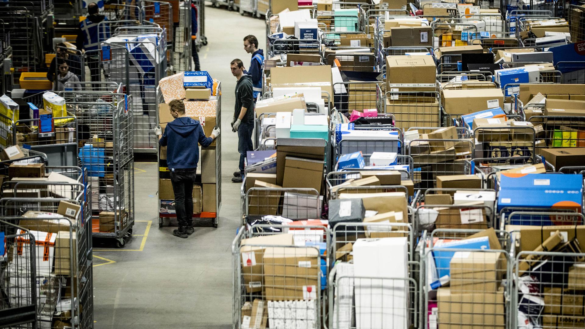 Pakket sorteercentrum chaos 1