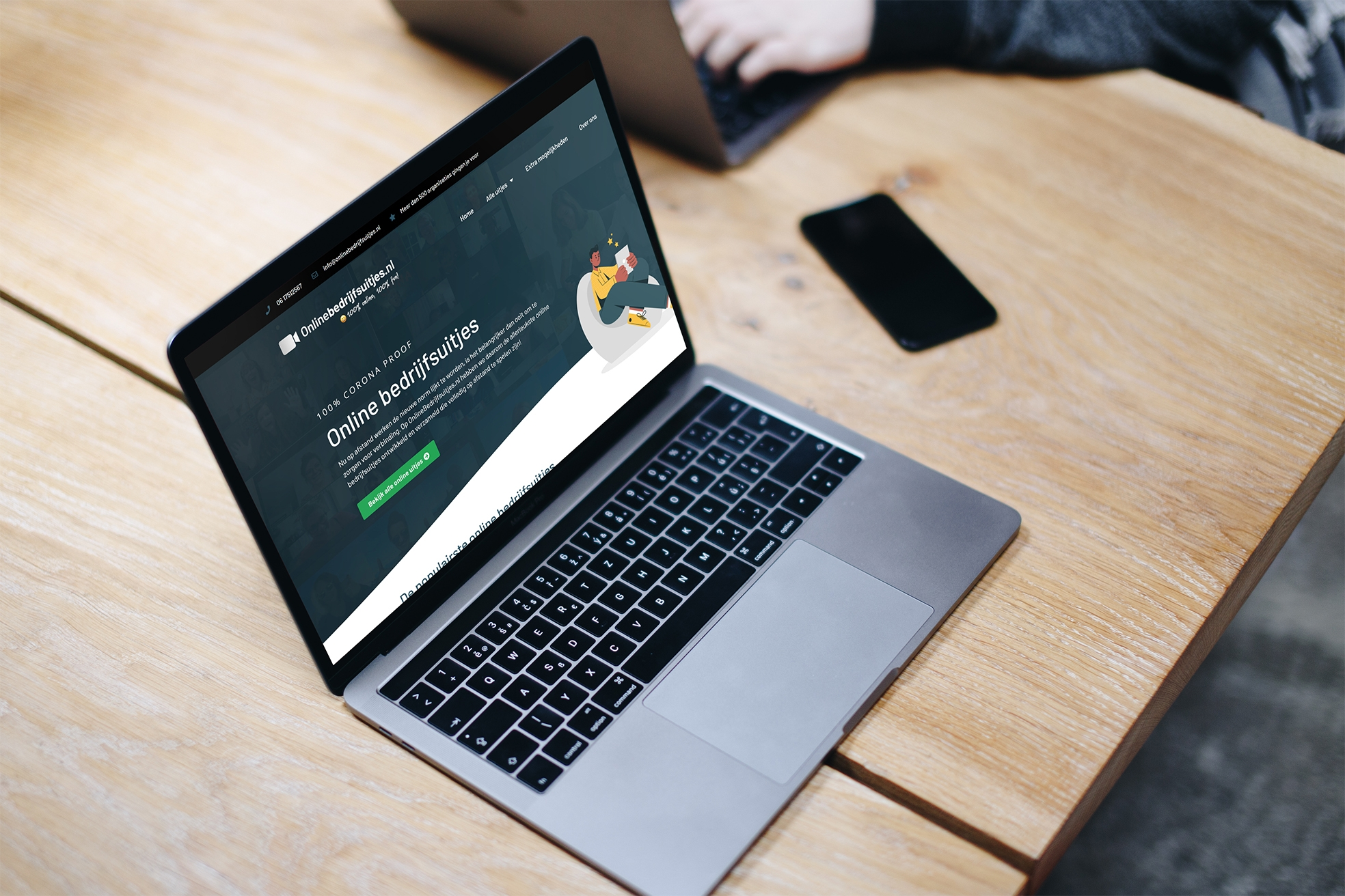 Macbook pro space gray mockup on the wooden table