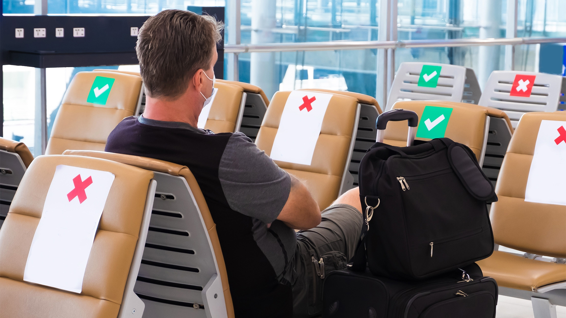 Reizen corona vliegveld