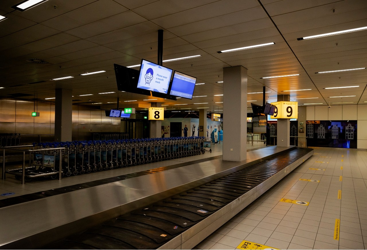 Schiphol corona luchthaven bagage
