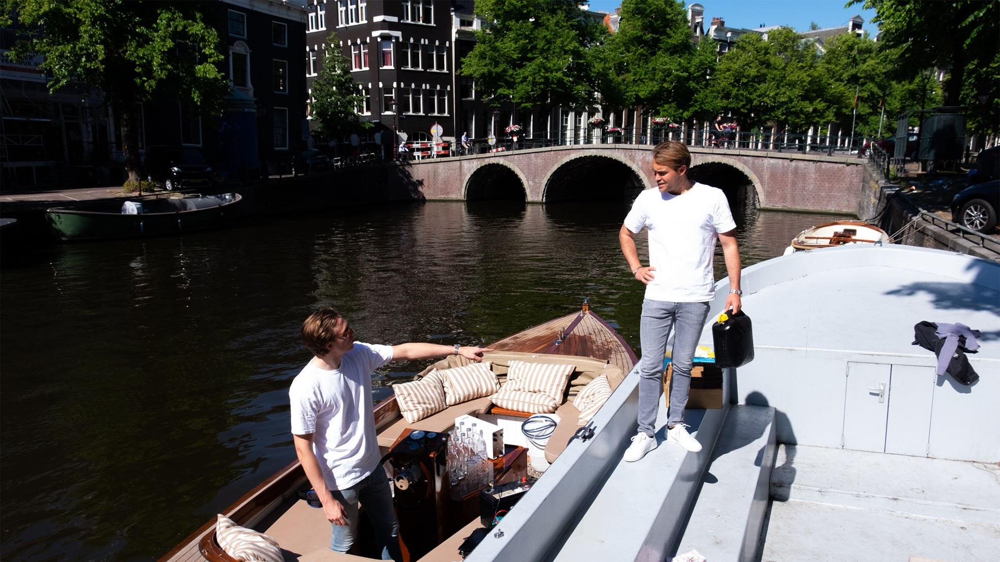 Water amsterdam bootje gracht