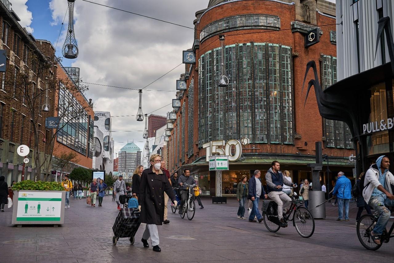 Winkelstraat denhaag mondkapjes corona