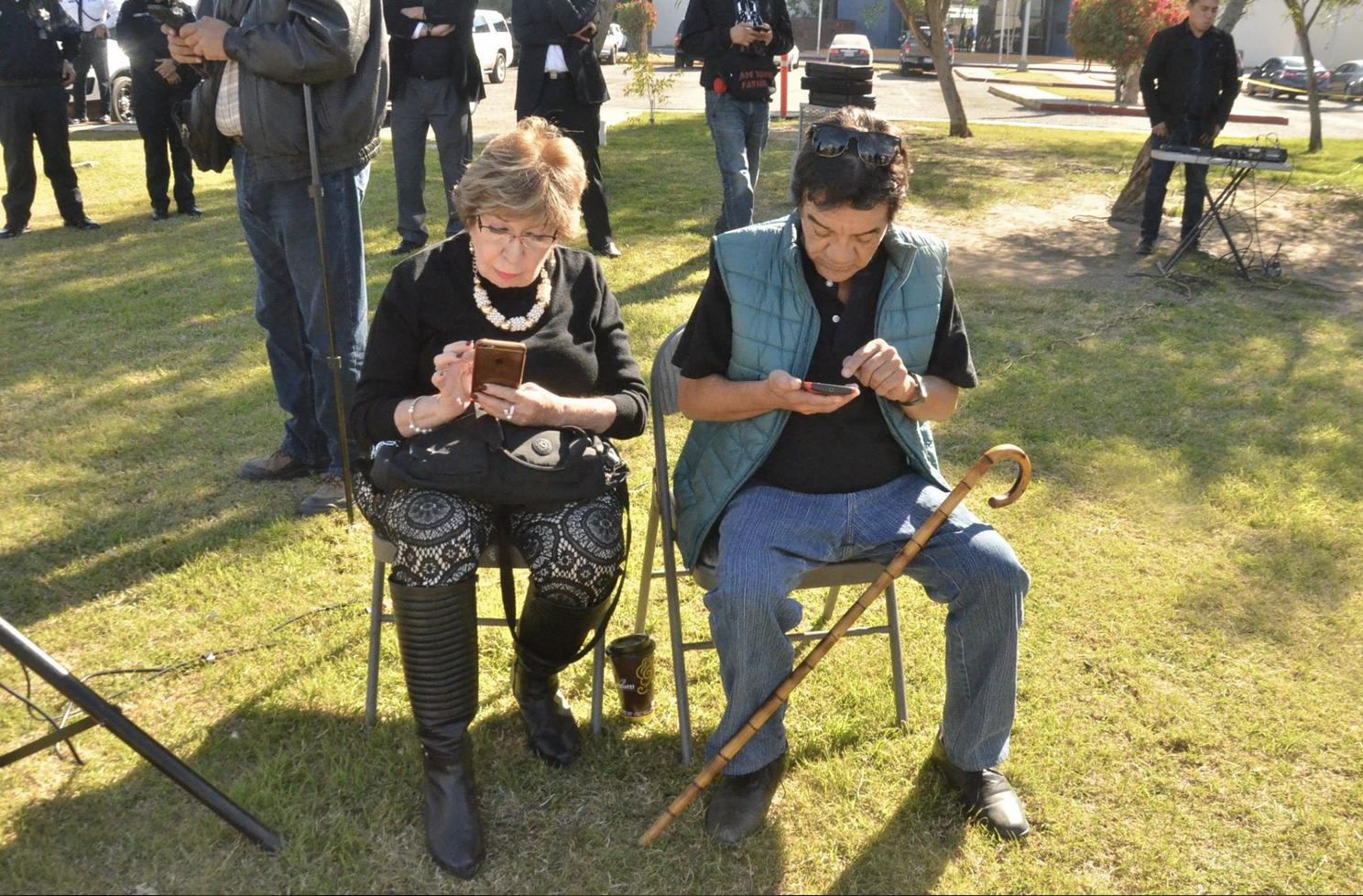 Dos periodistas