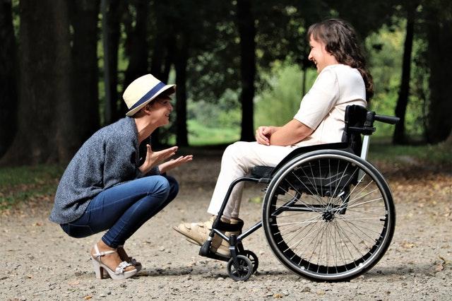 ergothérapeute : aide à la mobilité réduite, handicap