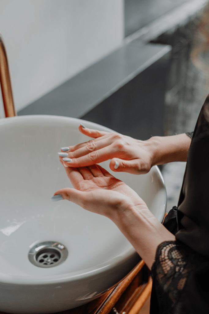analyse du quotidien pour soigner les TOC - lavage de main
