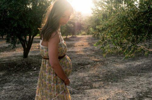 chaleur et poluttion : dangers pour bébé - femme enceinte soleil