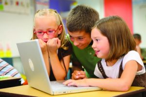 children at school_Lucélia_Ribeiro