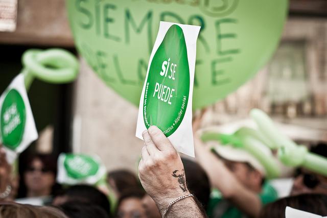 Manifestació de la PAH a la plaça del Padró del Raval. Foto: Andrea Ciambra