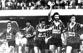 """""""Res és aparentment tan col·lectiu i essencialment tan individual com el futbol"""", va declarar el 1985 Flavio Gikovate, psicòleg del 'Timao'"""