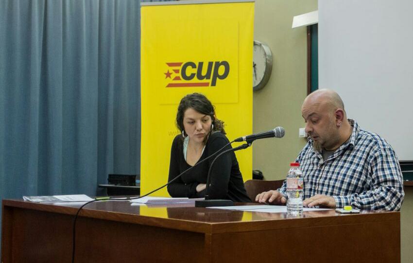 Montserrat Venturós, alcaldable de la CUP a Berga, amb Francesc Ribera 'Titot'