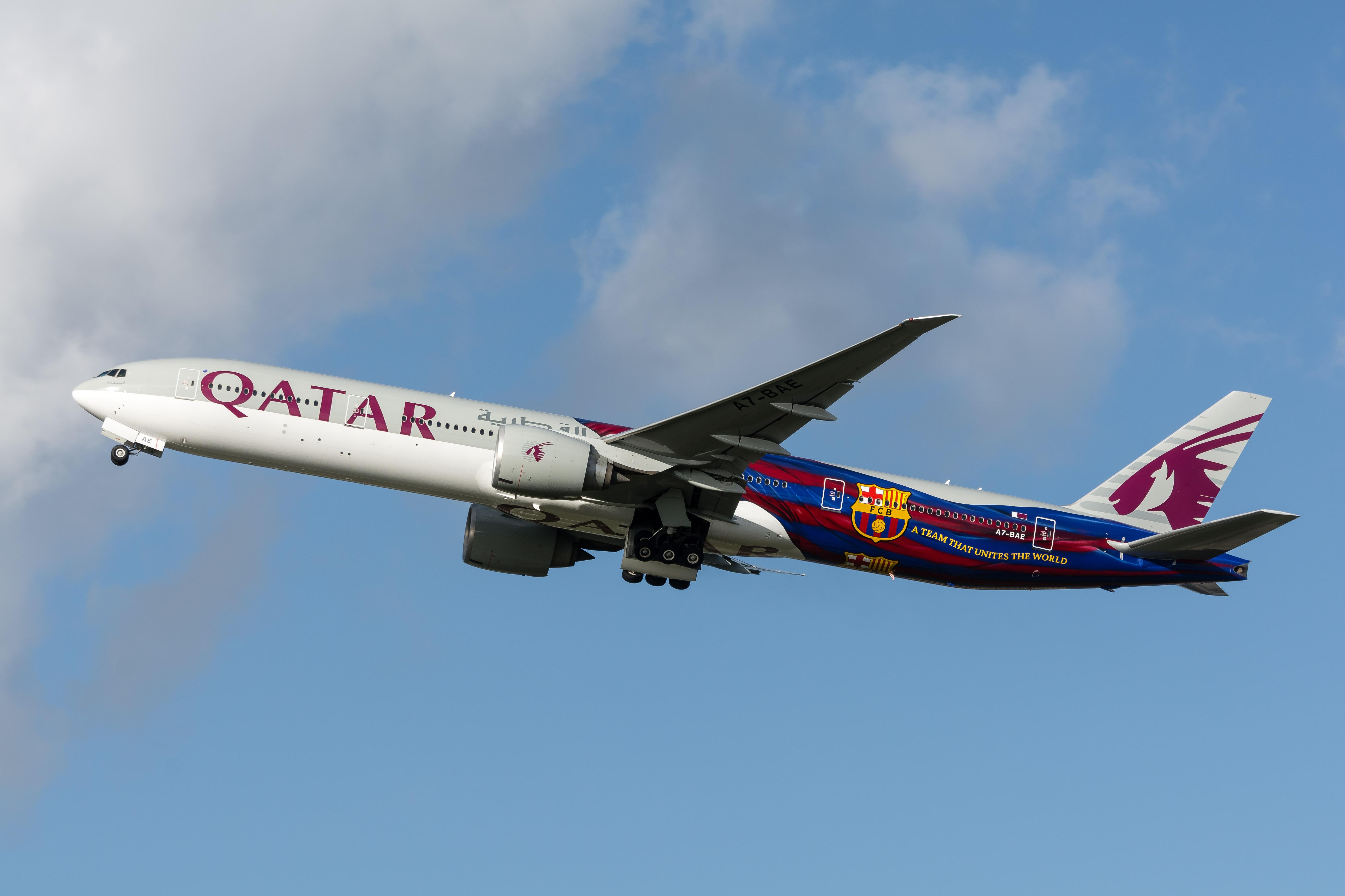 Avió de Qatar Airways, patrocinador del Barça / PETER RUSSELL
