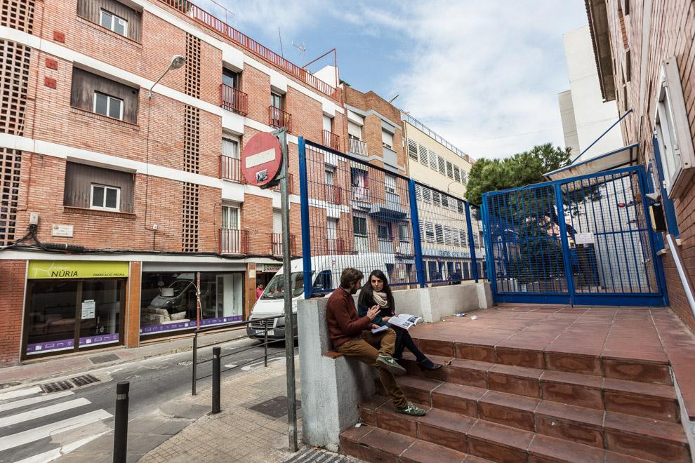 Cantonada Beethoven-Mozart al barri del Fondo de Santa Coloma on avui hi ha una escola / JORDI BORRÀS