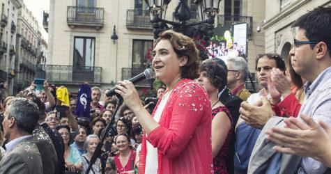 Ada Colau i Gerardo Pisarello, el dia que van aconseguir l'alcaldia de Barcelona, el juny passat / ARXIU