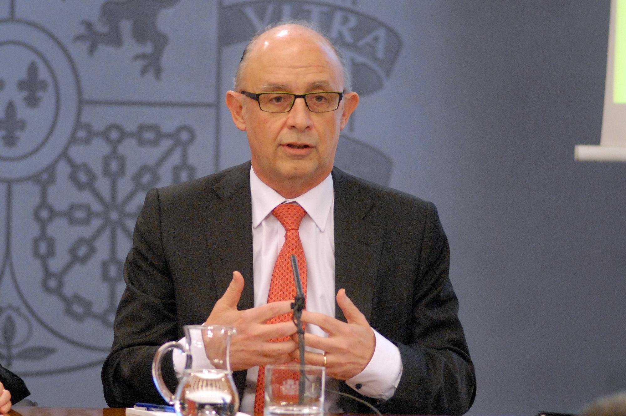 El ministre d'Hisenda Cristóbal Montoro, en roda de premsa després del consell de ministres / GOVERN D'ESPANYA