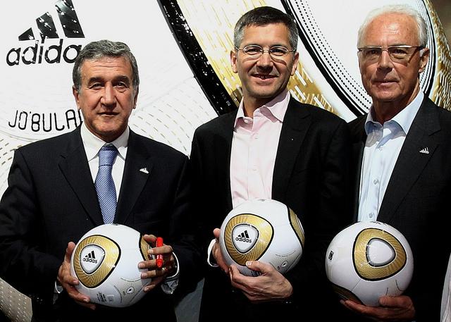 Presentació de la pilota patrocinada per Adidas per a la final del Mundial d'Alemanya / ADIFANSNET
