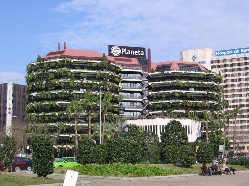 La seu del Grup Planeta, a l'avinguda Diagonal de Barcelona / DARZ MOL