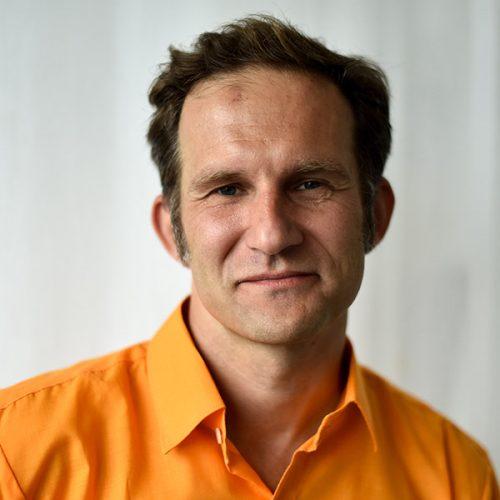 Dan Csonstos CEO & Editorial Director at Elevate Scientific