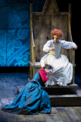 Matilde at Elizabeth I's feet, crying and begging