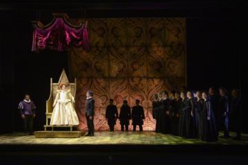 Elizabeth I, Norfolk, Guglielmo and Chorus