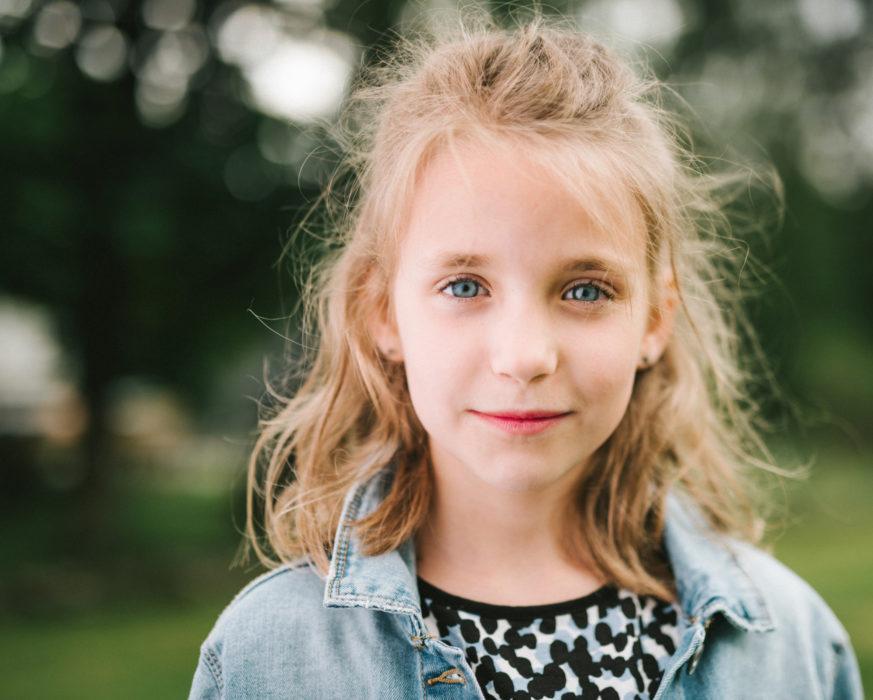 Frelsesarmeens barne- og familievern-fosterhjem-jente