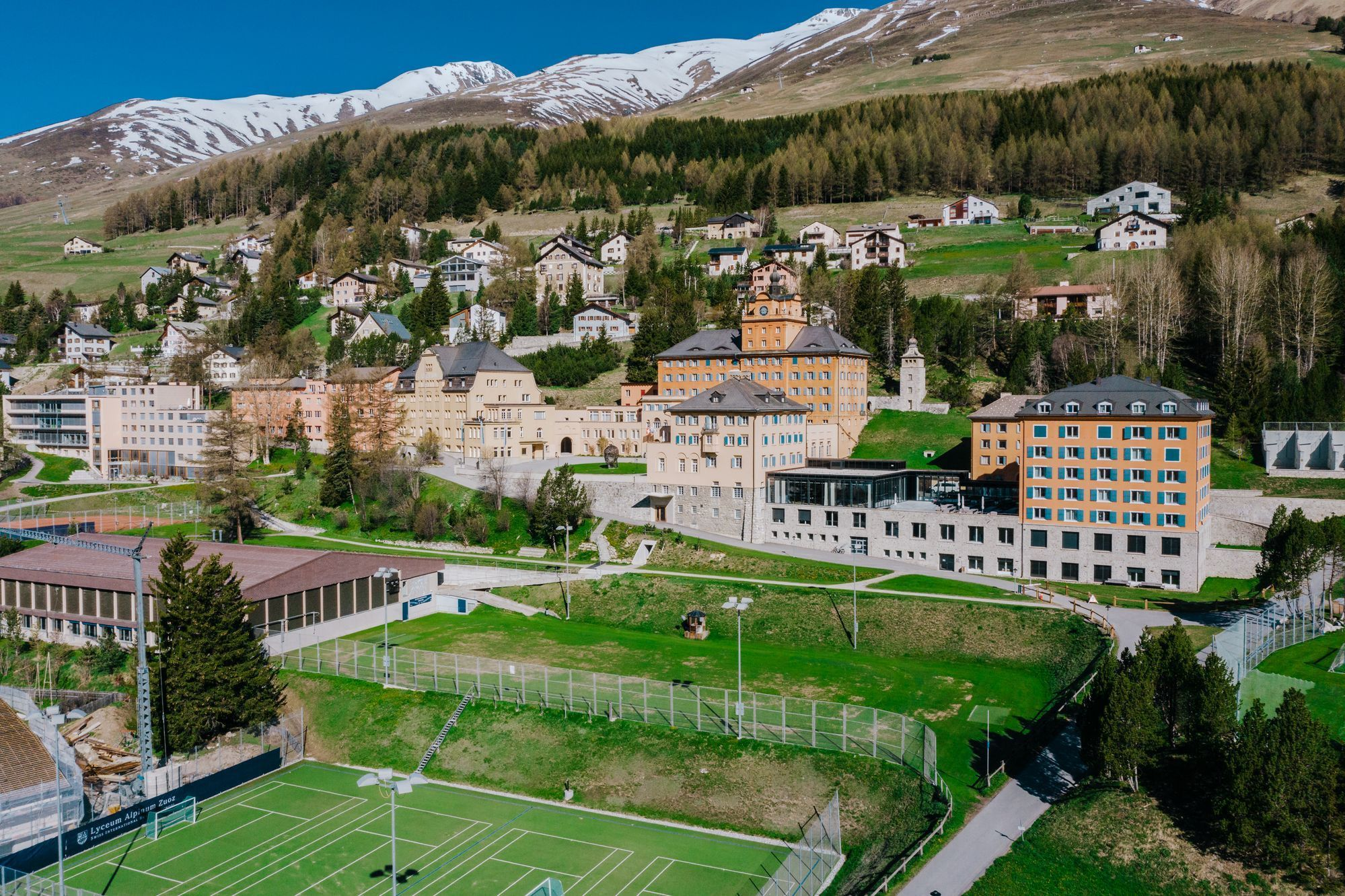 International Boarding School Switzerland | Lyceum Alpinum Zuoz ...