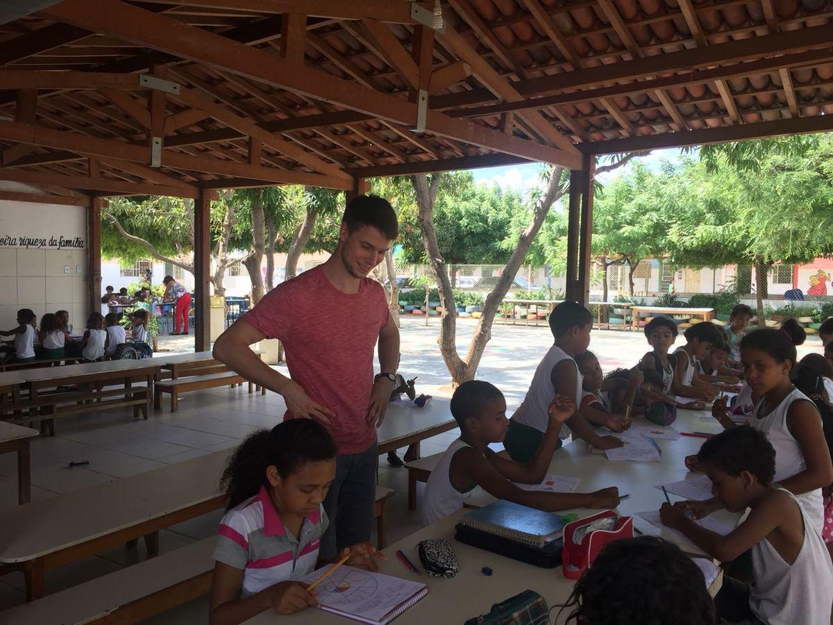 Gira Mundo | Creativity and Education | Brazil (August)