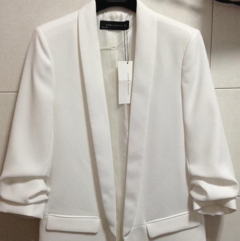 Blazer blanco Zara    Detalle del producto    Glamy