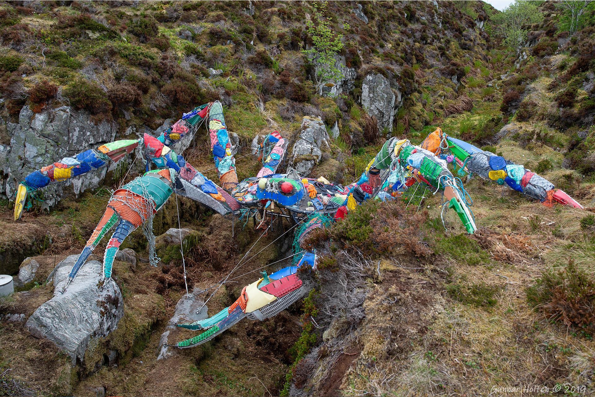 Plastkrabben på plass ved Atlanterhavsveien