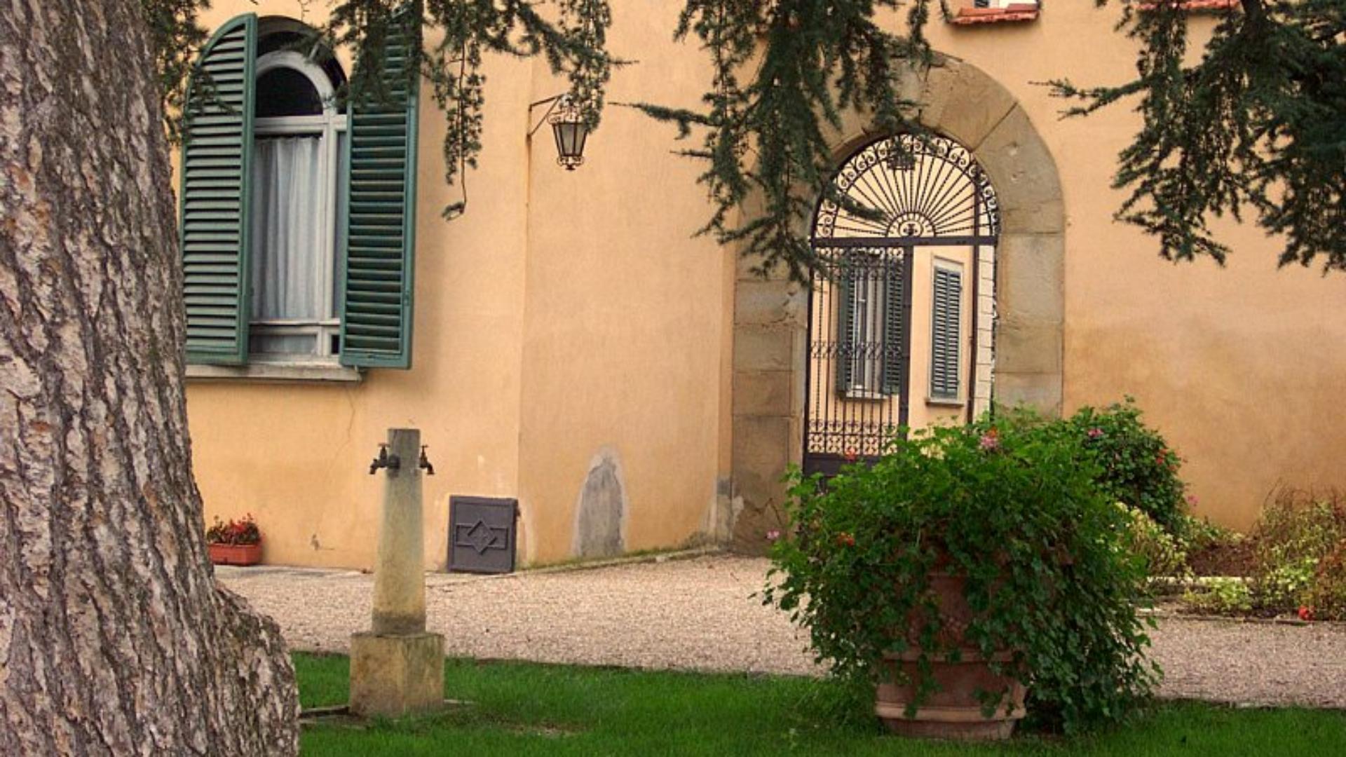Firenze. Studenti delle superiori in visita a Villa Aurora