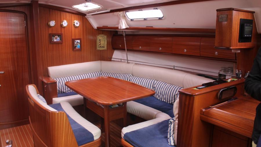 Bavaria 38-3 Custom Line for sale