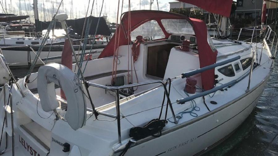 Jeanneau 32i for sale