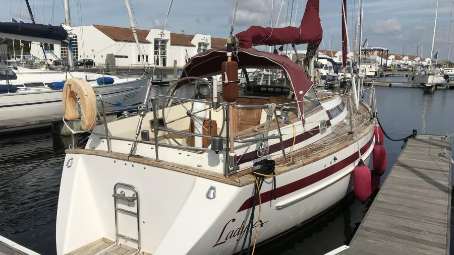 Aphrodite 33 for sale