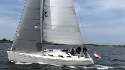 Salona 37 for sale
