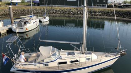 Hallberg-Rassy 34 for sale