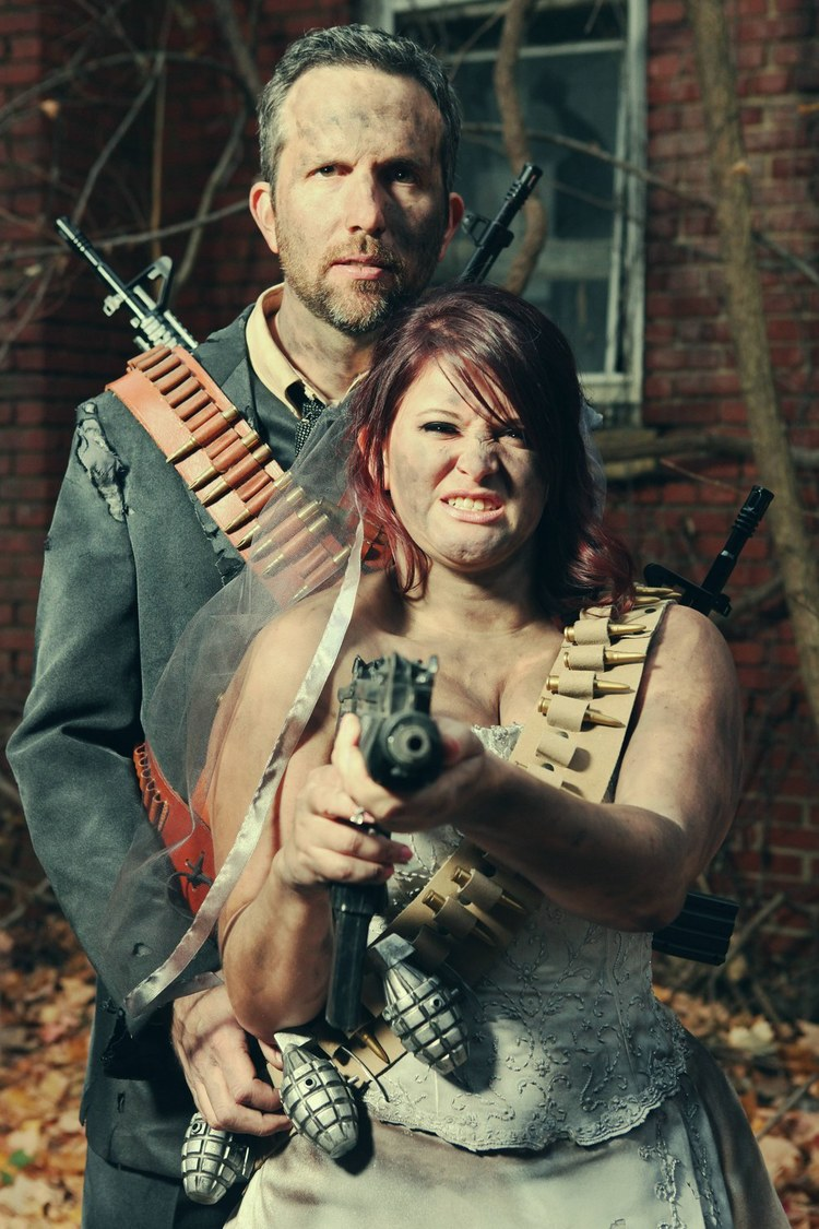 post-apocalyptic-fallout-engagement-photos3