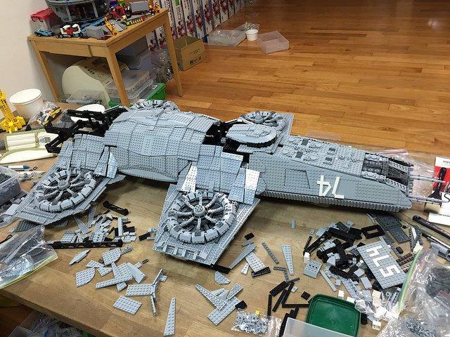 LEGO Helicarrier 5