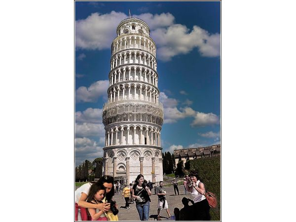 The gleaming tower of Pisa