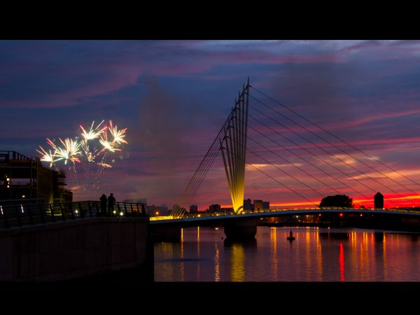 Fireworks at the Quays 2