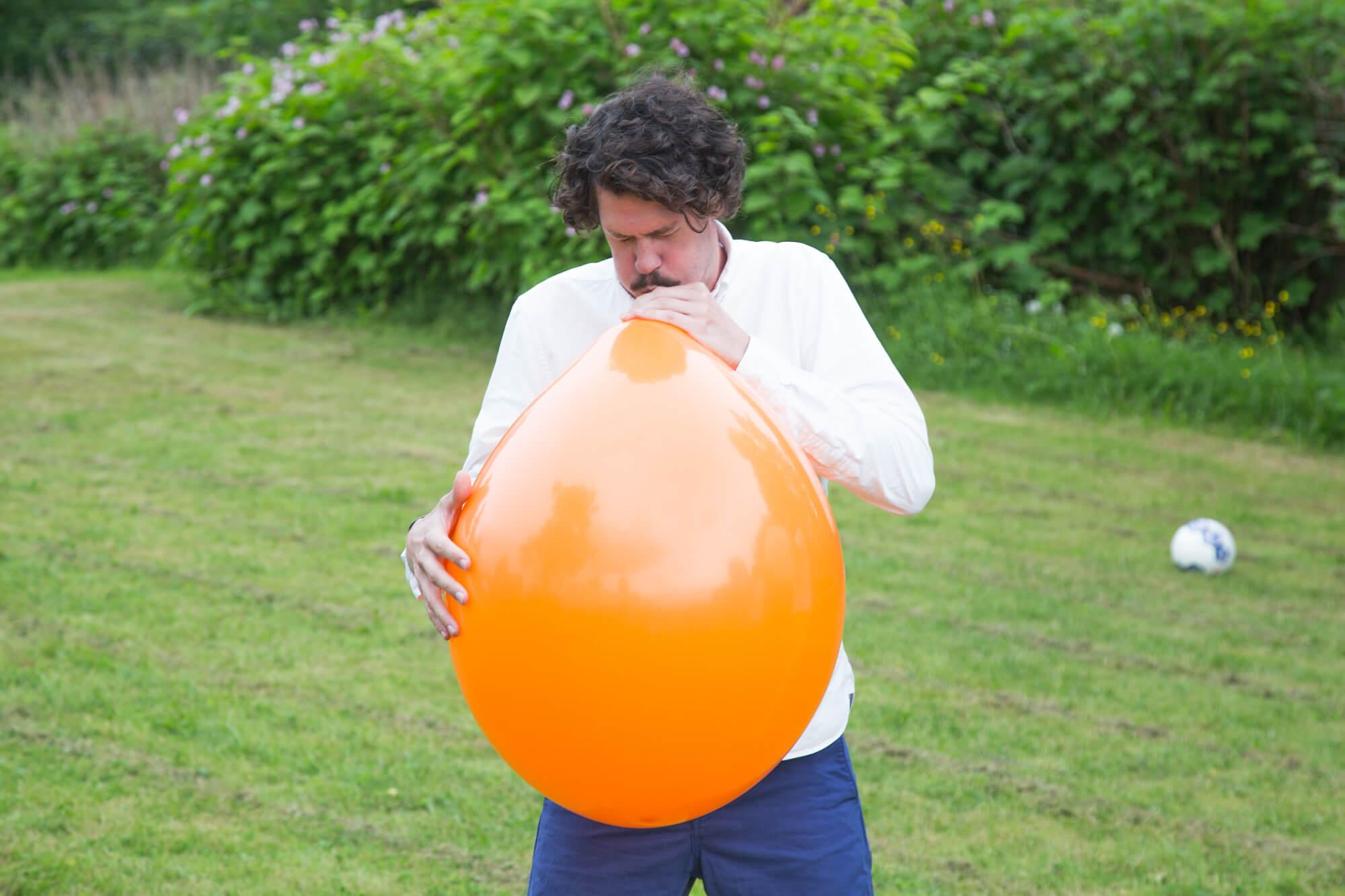 Midsommarlekar - Ballongen