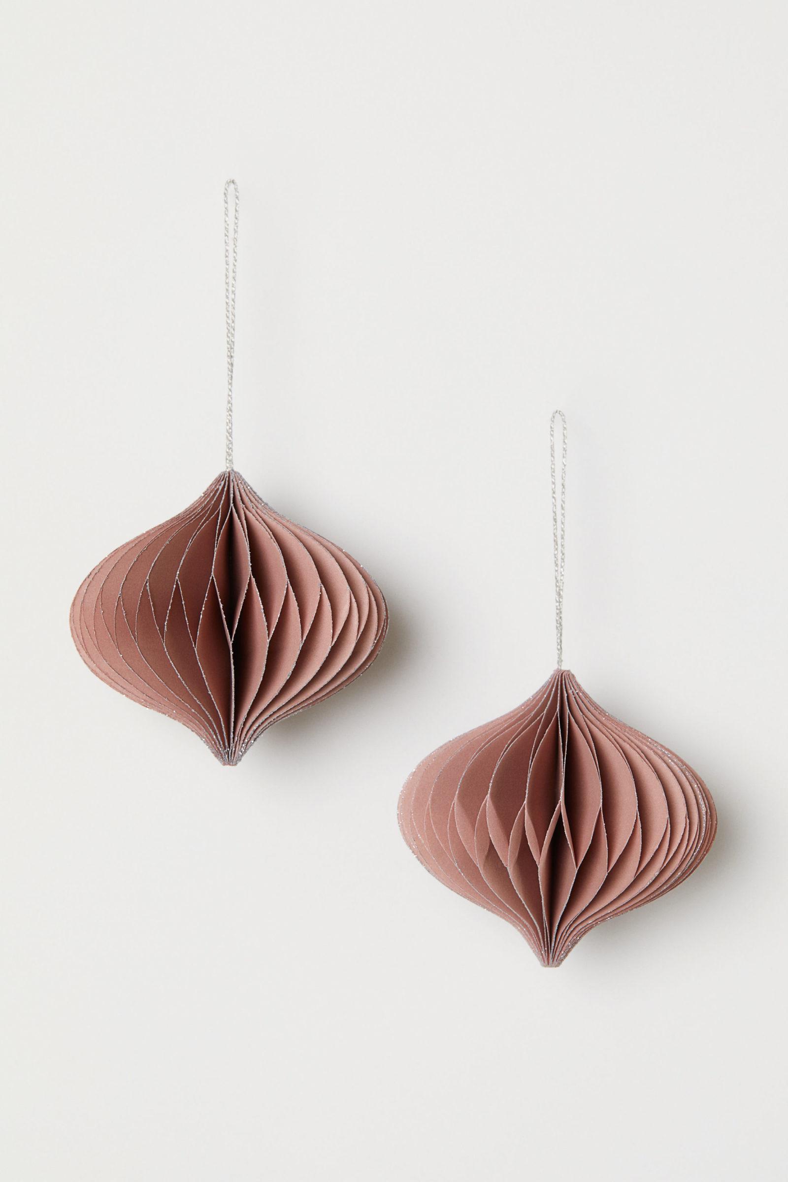 H&M Paper ornament